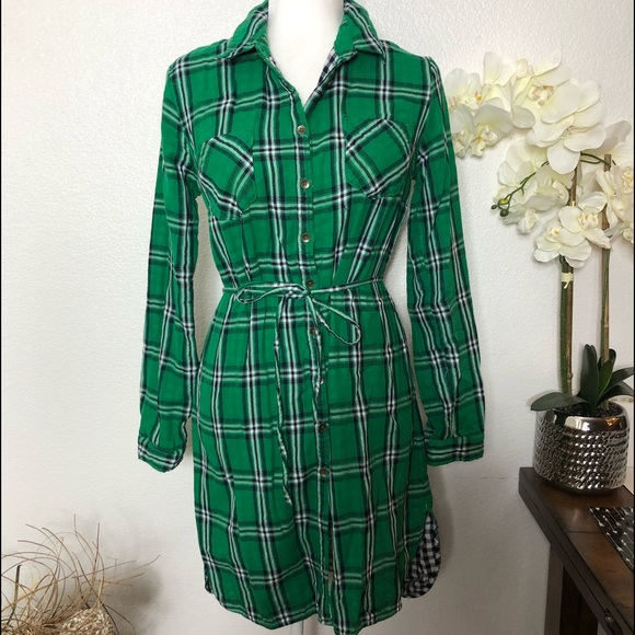 Merona Dresses & Skirts - Merona Green Tartan Plaid Cotton Shirtdress